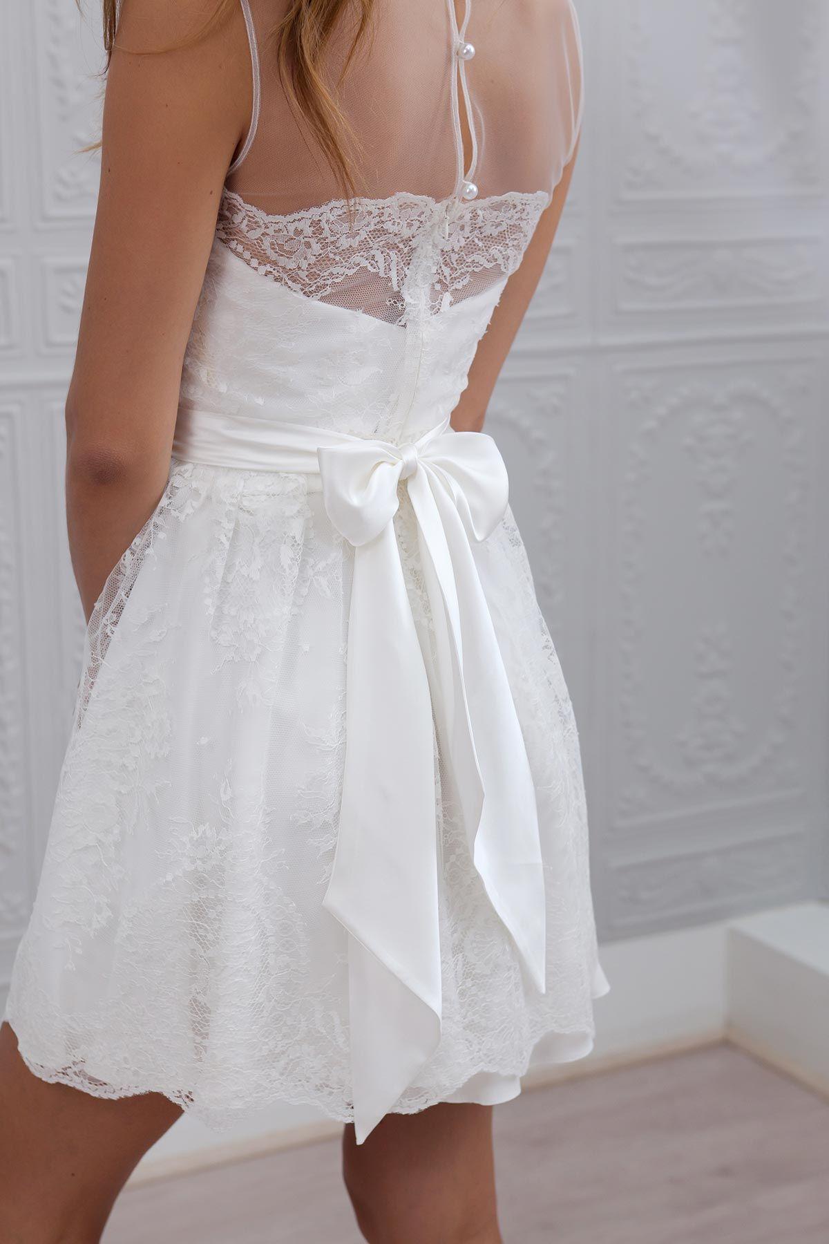 Mia courte mari e robe de et robes for Robes de mariage petite macy