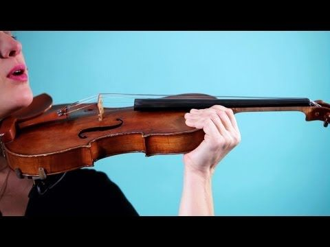 How to Hold a Violin | Violin Lessons - YouTube | Violin ...