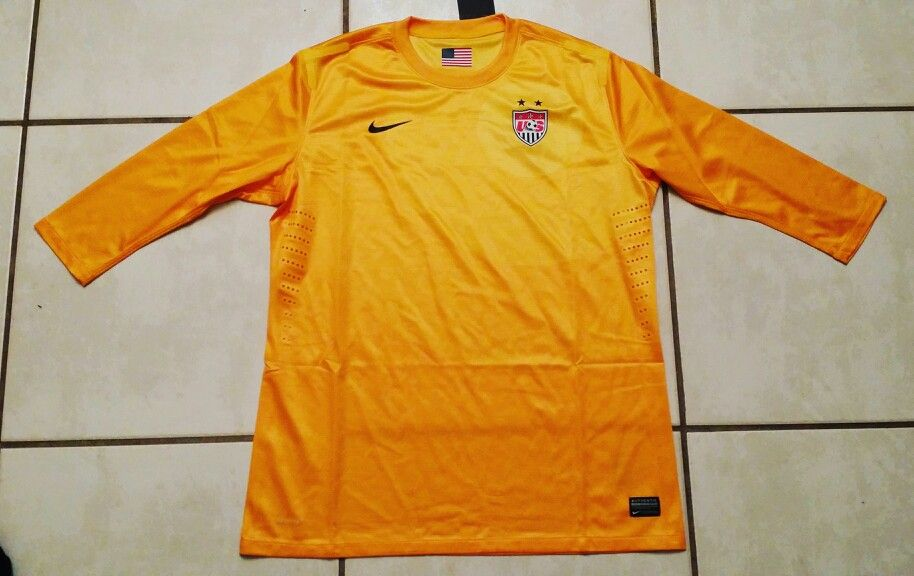 best service 0f29e 4162b NIKE USA National Team YELLOW Centennial Women's Jersey ...