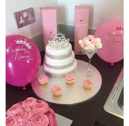 22nd Birthday Bash Abby And Brittany: Cumpleaños, Celebracion