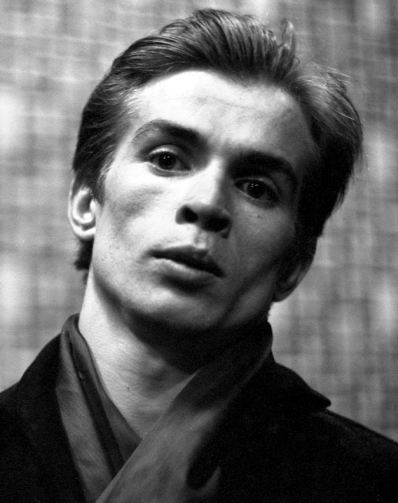 Image result for ballet dancer rudolf nureyev in 1961