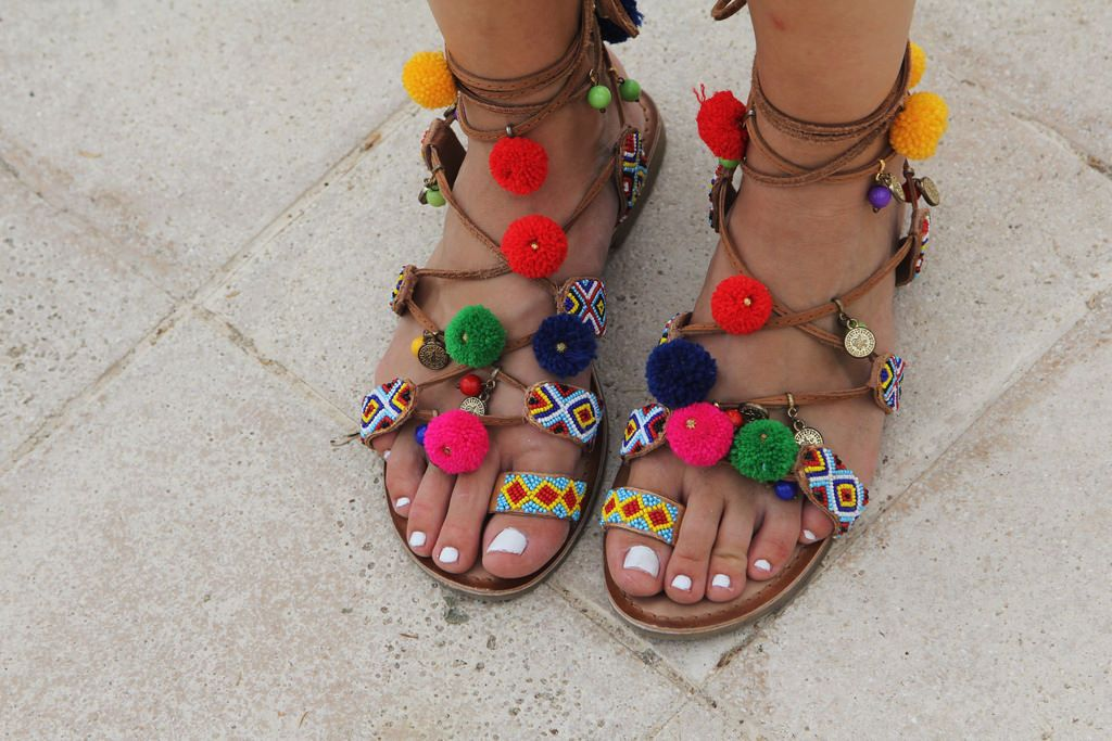 bajo precio a33ce cb700 CpetiteRobeNoire - sandalias pompones Gioseppo | People Love ...