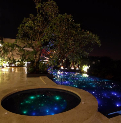 GALAXY POOL LIGHTING Using multiple fiber optic strands, we