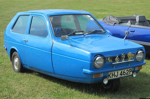1975 Reliant Robin Its Three Wheels Were Positioned Two In Back