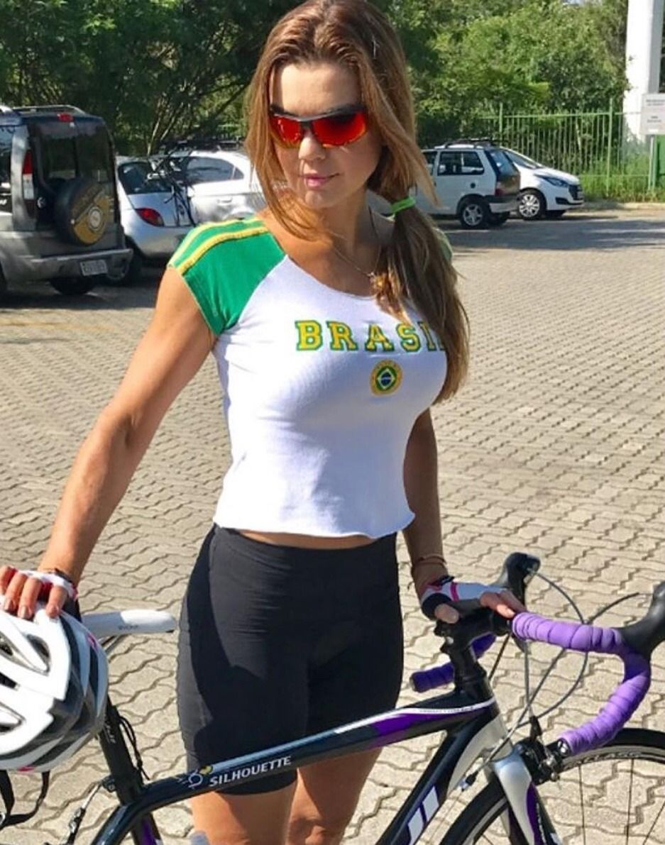 Curves And Lines Women And Bikes Cycling Women Female Cyclist Cycling Outfit
