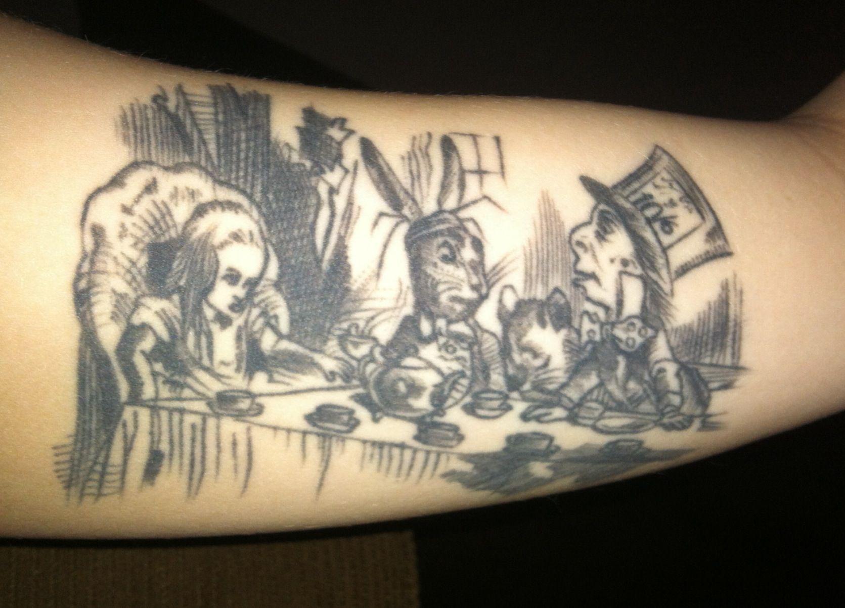 Alice in Wonderland Tattoos - Inspiring Tattoos  |Alice Tea Tattoo