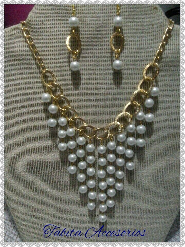 b67a40d88719 Maxi collar de perlas y cadena
