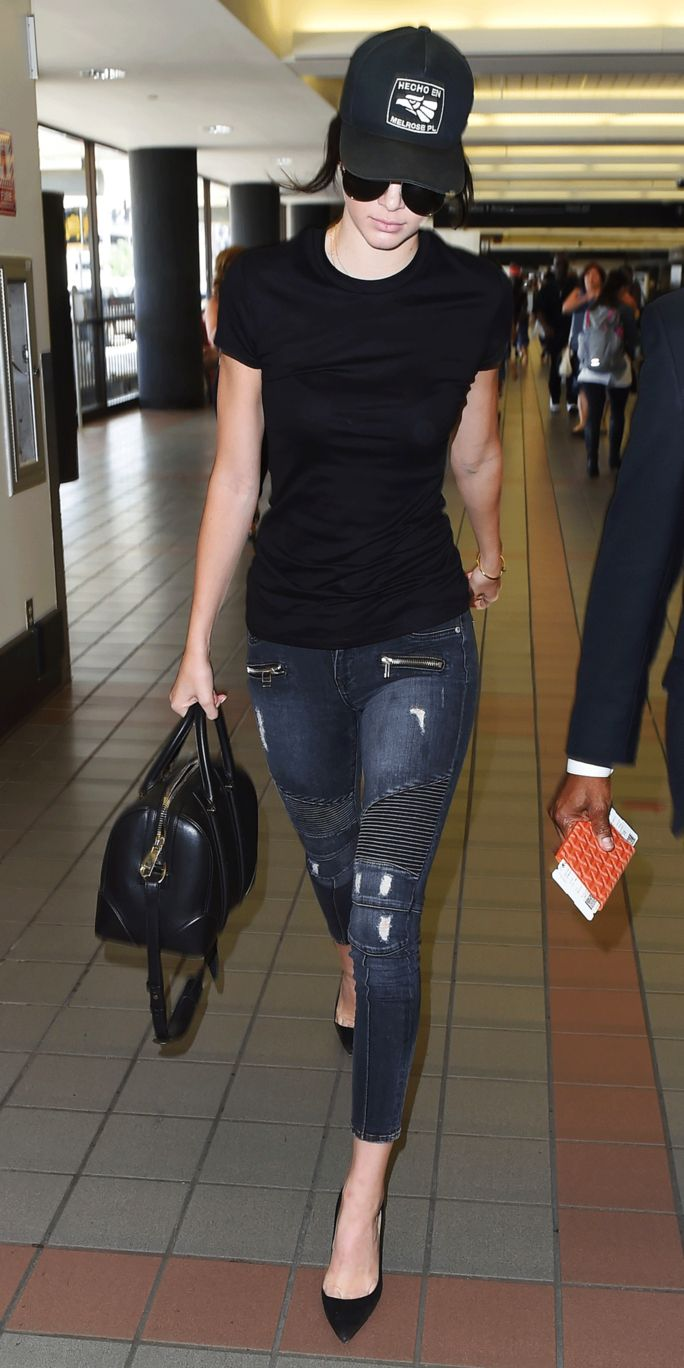 kendall jenner shows us how to make a baseball cap look chic