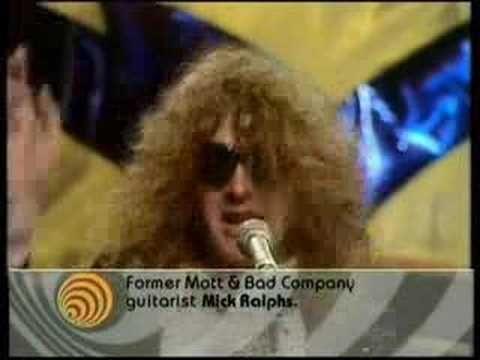 Mott The Hoople Roll Away The Stone Youtube Mott The Hoople Hoople Music Memories