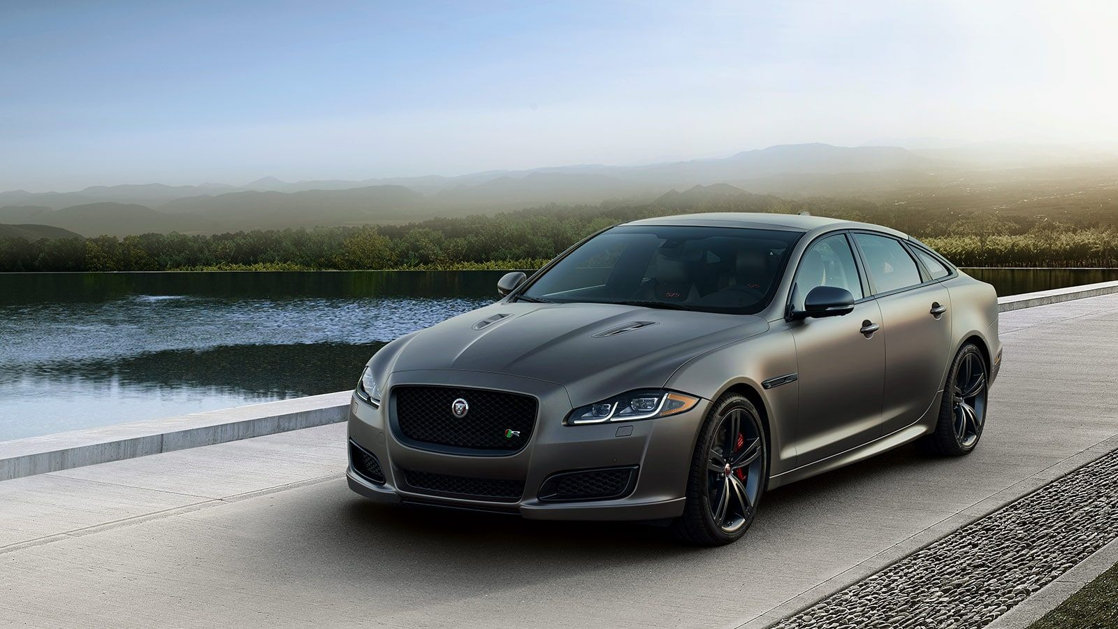 View The Jaguar Xj Photo Gallery Showcasing The Advanced Features And Technology That Offer A One Of A Kind Luxury Driving Experie Jaguar Xj Jaguar Jaguar Car
