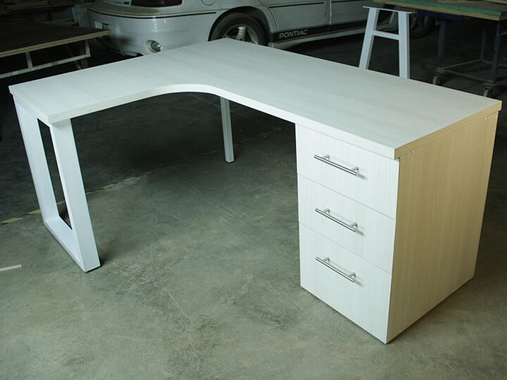 Fabrica de muebles modernos, libreros modernos, escritorios