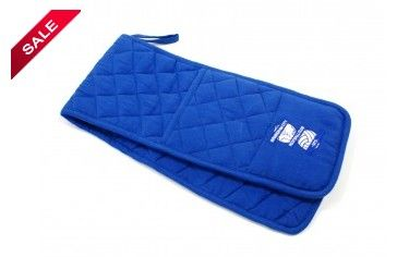ON SALE NOW! Birmingham City oven gloves.