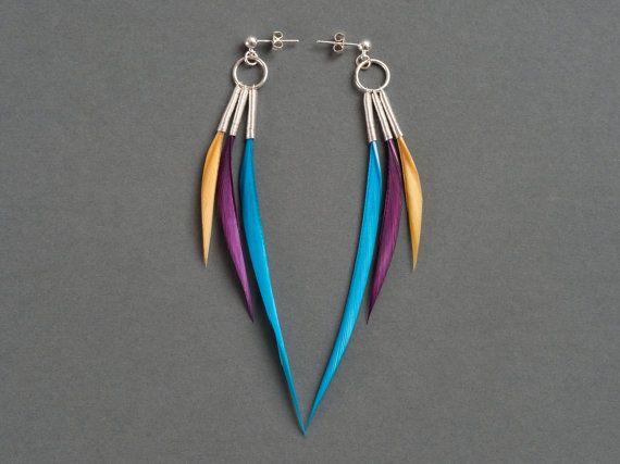 Unique Triple oreille plume argent goujons en bleu Turquoise, violet aubergine & moutarde jaune - prêt à expédier sur Etsy, $33.30 CAD