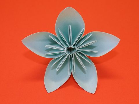 7 steps to a pretty origami kusudama flower easy origami origami easy origami for beginners mightylinksfo Choice Image
