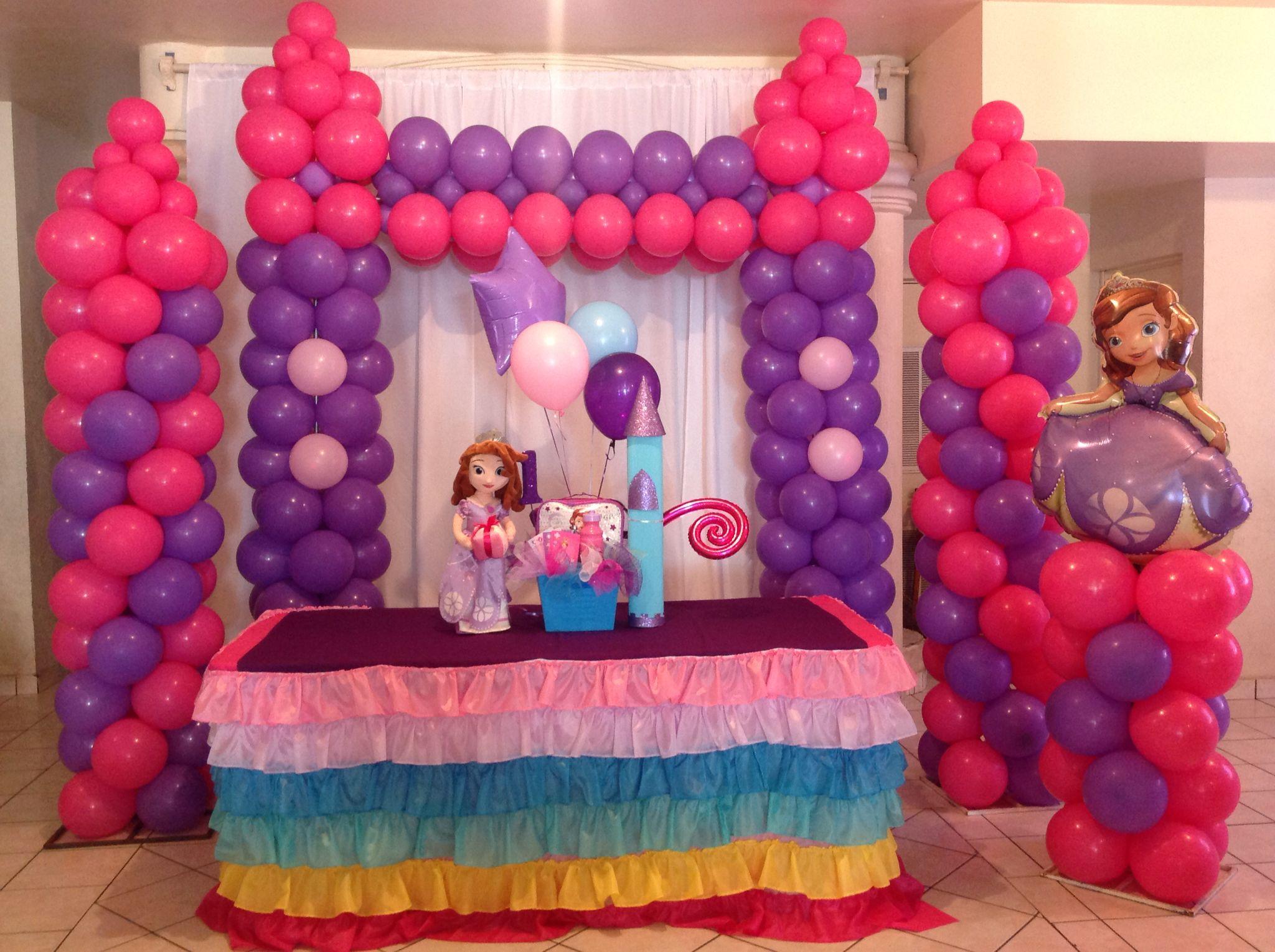 Decoracion con globos castillo princesa sofia pinteres - Decorar con globos ...