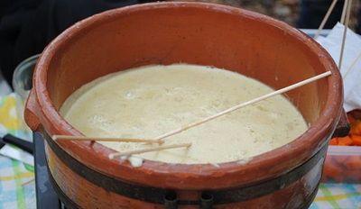 """La """"Bagna cauda"""" rivive in #Uruguay. Un piatto tipico del #Piemonte molto popolare nella zona di #Colonia"""