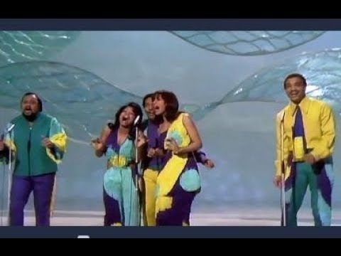 Aquarius/ Let the Sunshine In by The 5th Dimension (1969