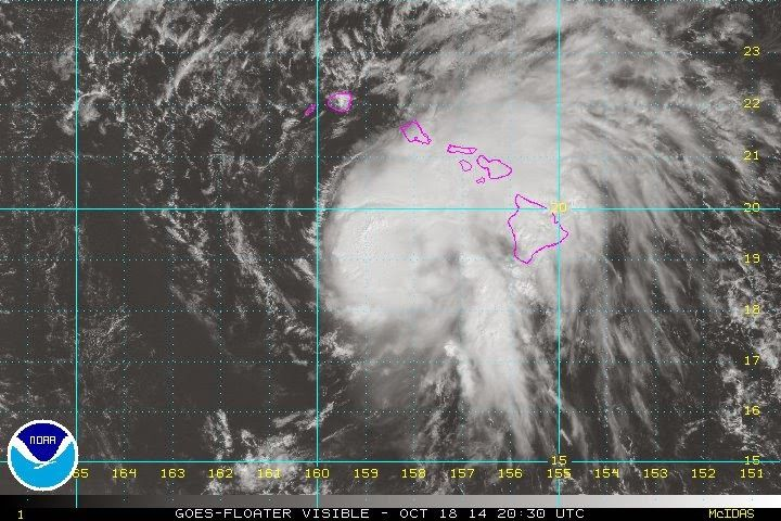 Pacific Northwest Weather 2014: Hurricane Ana is passing south of Oahu and Kaua co...