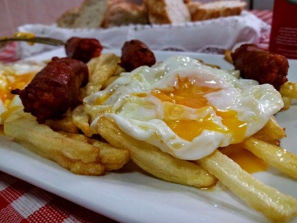 huevos rotos con chistorra casa lucio