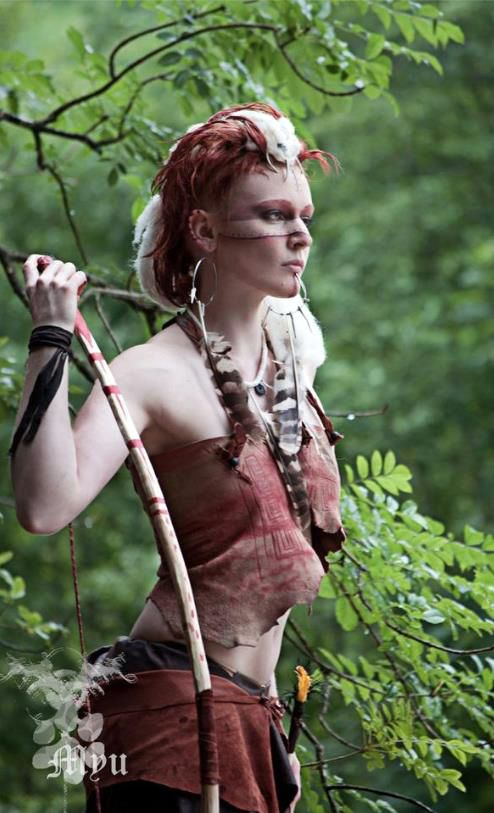Pict(ish) archer. Zoraida, transitory costuming, either before freezing or after returning to the Realms