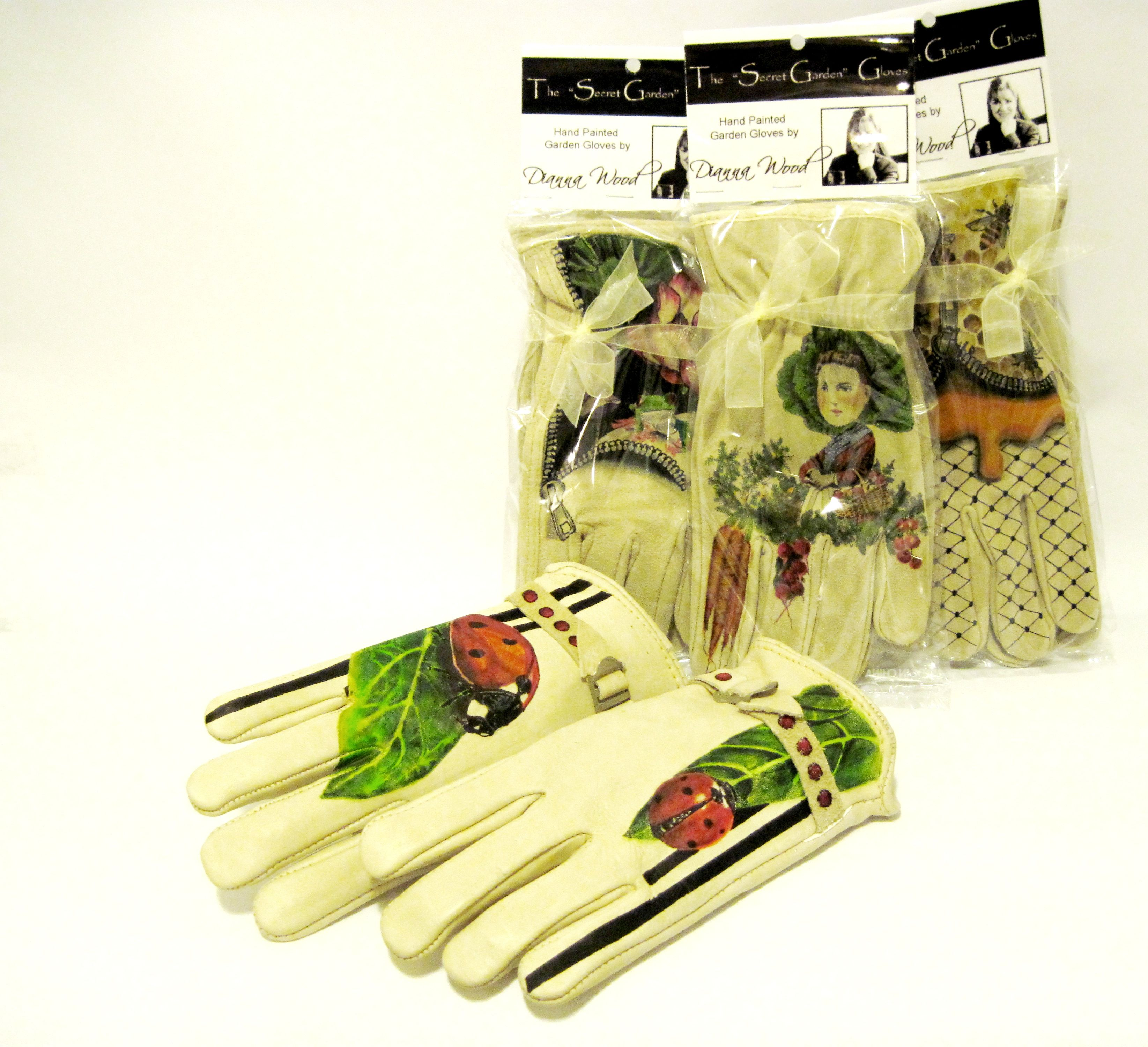 Hand Painted Gloves for the Garden, Ladybug theme by Dianna Wood www.thewoodssecretgarden.etsy.com