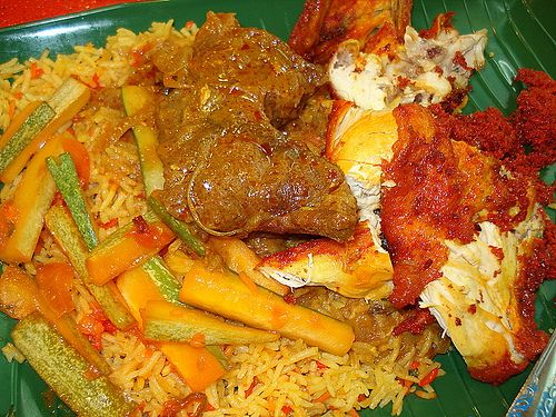 Nasi briyani indian rice usually served with chicken or mutton nasi briyani indian rice usually served with chicken or mutton covered in curry found in all malaysian recipesmalaysian foodasian kitchensingapore forumfinder Choice Image