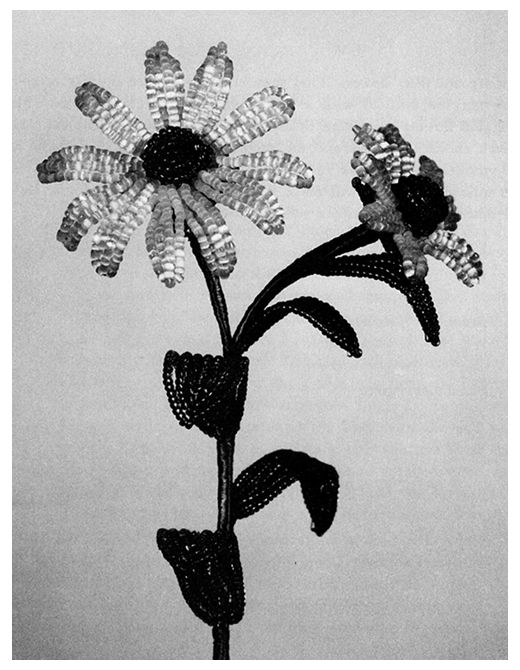 BOUQUETS FROM BEADS by: Virginia Osterland - Dover Publication  DAISIES  ILLUSTRATION