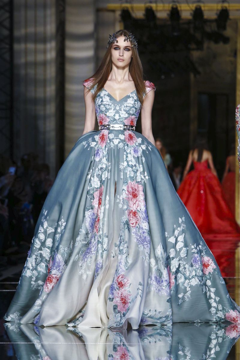 Zuhair murad fashion show couture collection spring summer for Modern haute couture