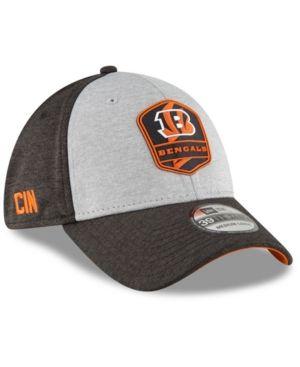 half off 76e98 c8cee ... Heather Gray Black 2018 NFL Sideline Road Official Flex Hat. New Era  Cincinnati Bengals On Field Sideline Road 39THIRTY Stretch Fitted Cap -  Black L XL