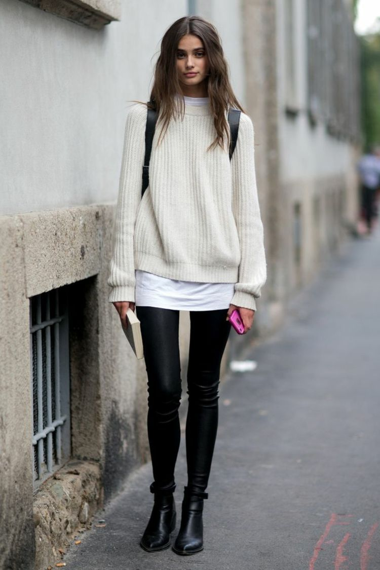 herbst outfit mit pullover weiss weit tunika look leggins boots