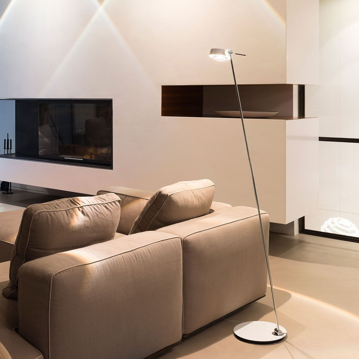 occhio sento led lettura gewohnte optik mit neuer technik design leuchten lampen. Black Bedroom Furniture Sets. Home Design Ideas