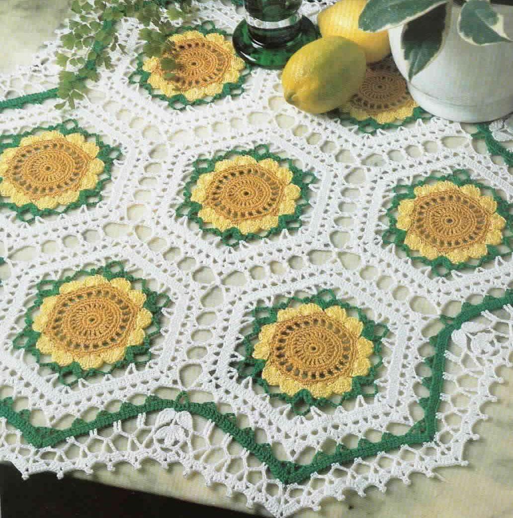 Seven Sunflowers Doily Crochet Pattern | Flores