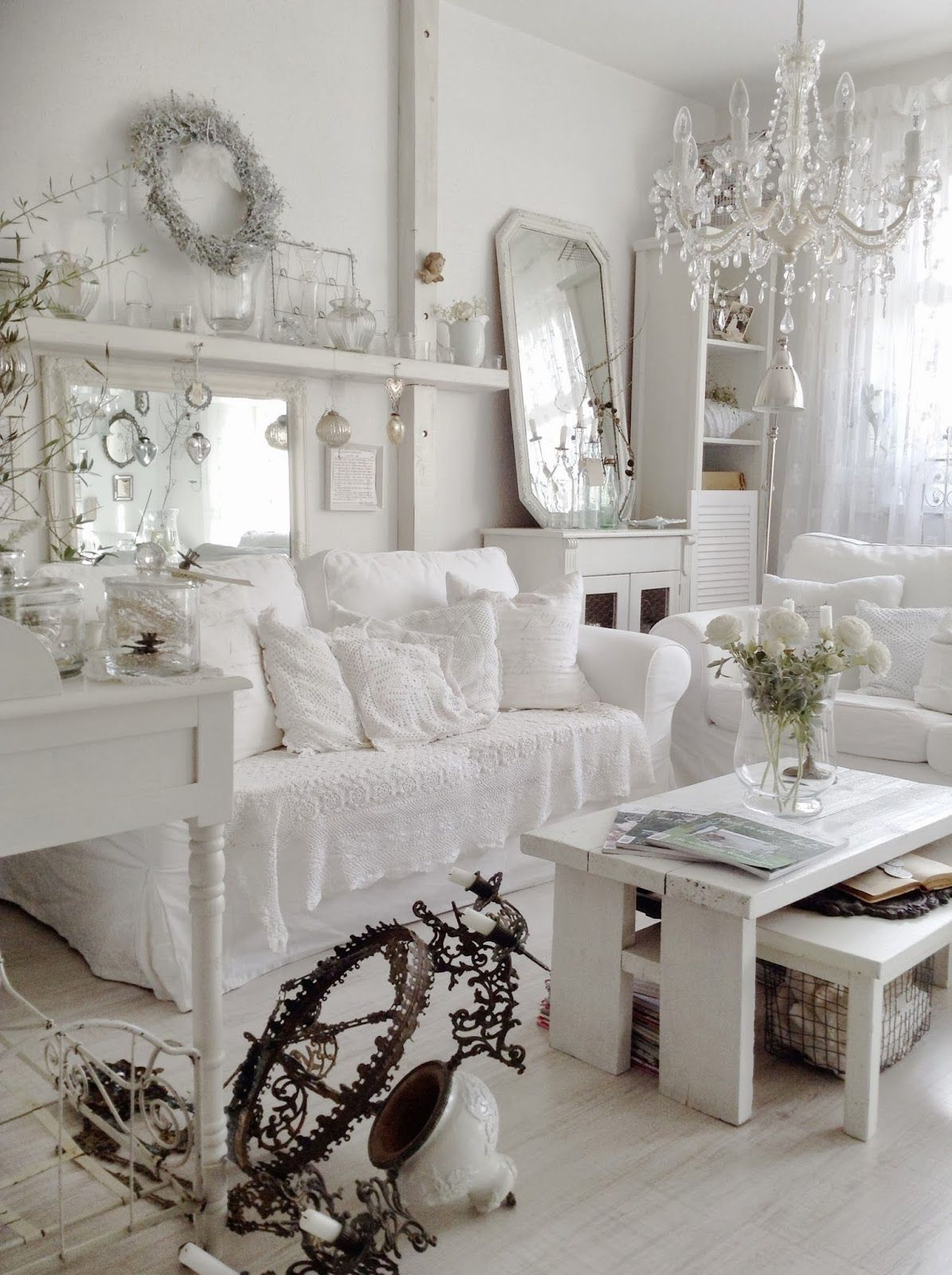 vertraeumtes stadthaus kleiner einblick in unser wohnzimmer shabby boho pinterest maison. Black Bedroom Furniture Sets. Home Design Ideas