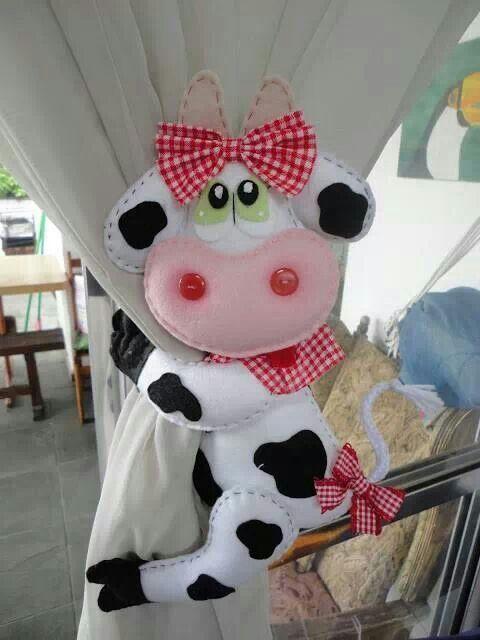 FELT ART | Manualidades | Pinterest | Prendedor, Vaca y Cortinas