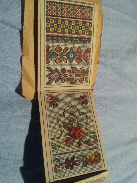 Librito de diseño de bordados