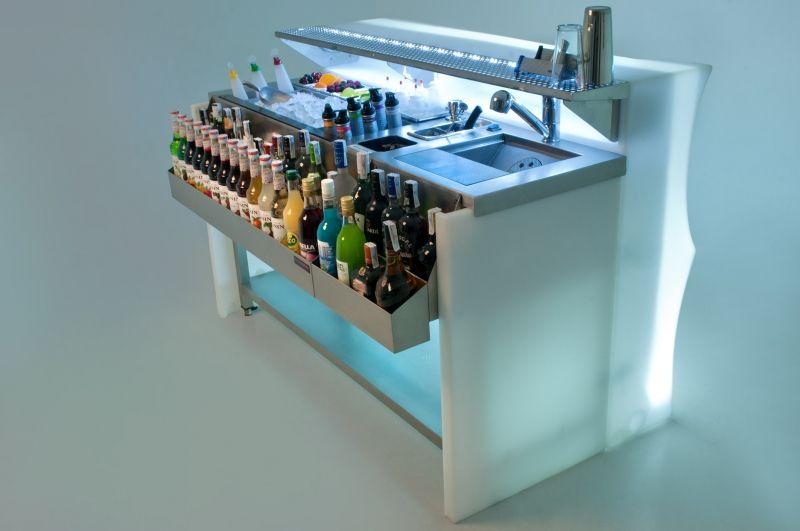 Cocktail stations barras m viles cubitos de hielo for Bar movil de madera