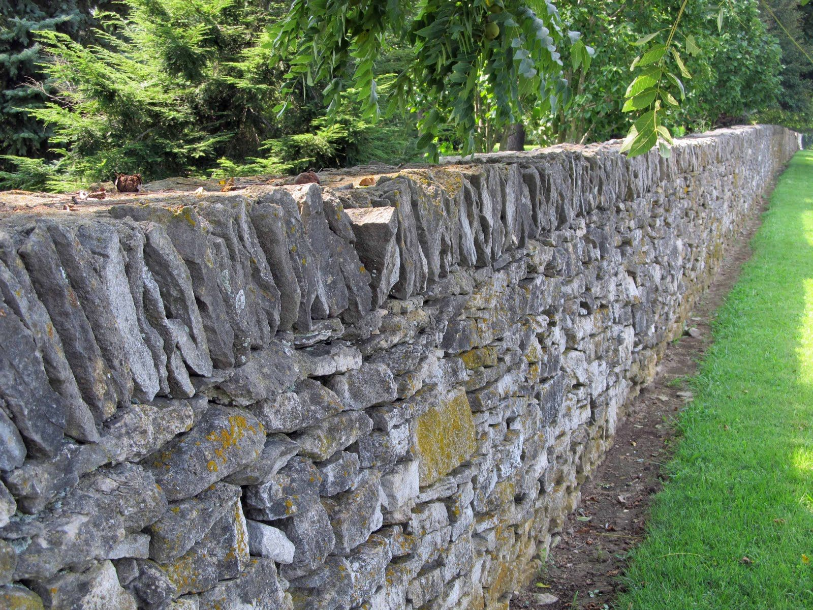 Summit Musings: Friday Fences - Dry Stone Fences of Kentucky ...