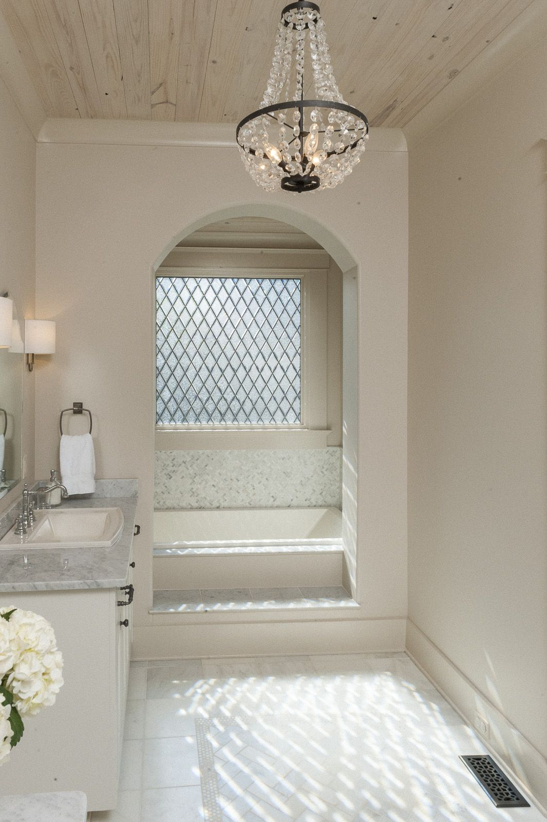 Step-up bathtub alcove | Christopher Architecture & Interiors ...