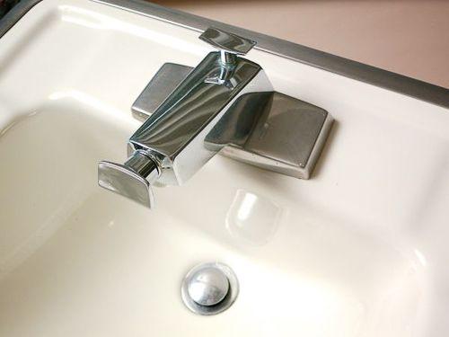 rare 1964 vintage bathroom sinks and