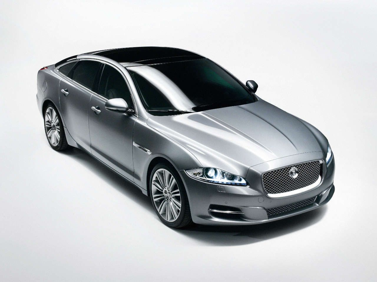 Jaguar Xj 2010 In Blue Royal Please My Dream Cars Pinterest