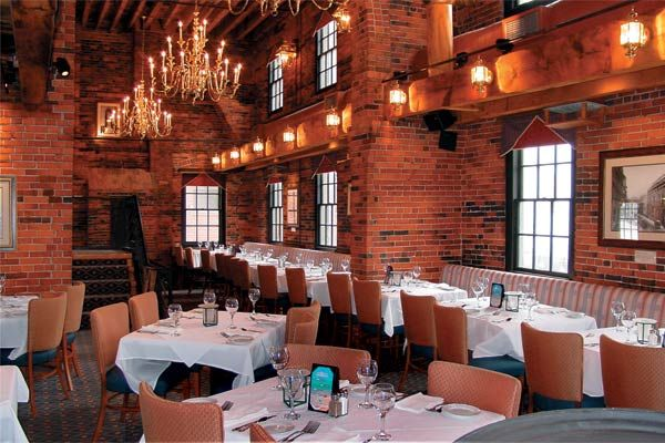 chart house restaurant boston rehearsal dinners and bridal showers