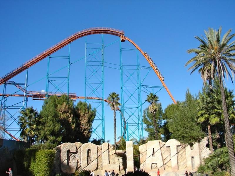35 Pictures From Six Flags Magic Mountain Six Flags Roller Coaster Pictures Great America