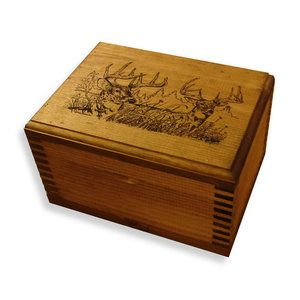 Evans Sports Mini Wooden Box With Two Trophy Deer Print Gift Ideas