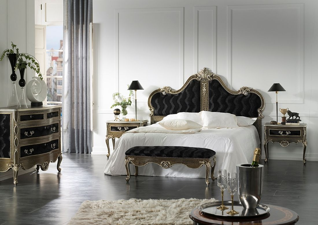 Black french bedroom decor - Chic Halloween D Cor Ideas That Will Delight Not Fright