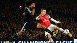 Arsenal 1-3 Bayern   Jack Wilshere fue el líder del Arsenal, pero Dante fue capaz de pararle. [19.02.13]