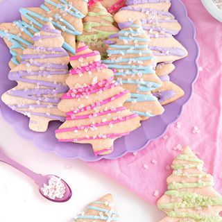 Here is the recipe for the best cut out sugar cookies EVER! I made 5 batches this year, and they turn out amazing every single time. Recipe for these guys in my bio. . . . . . #cookie #cookiedecorating #cookies #bake #homebaking #lovebaking #foodblogger #delish #instafood #dessert #foodlife #desserttable #sweettooth #baked #nom #christmastreecookies #cutoutsugarcookies #sugarcookielover #sugarcookiedecorating #holidaycookies #holidaycookie #holidaybaking #royalicing #sprinkles #simplecookies #c