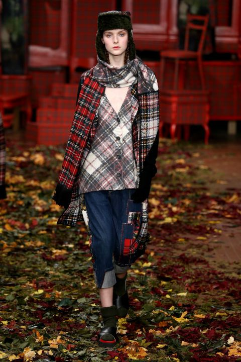 I'm Isola Marras. See all the best looks from Milan fashion week fall 2015.