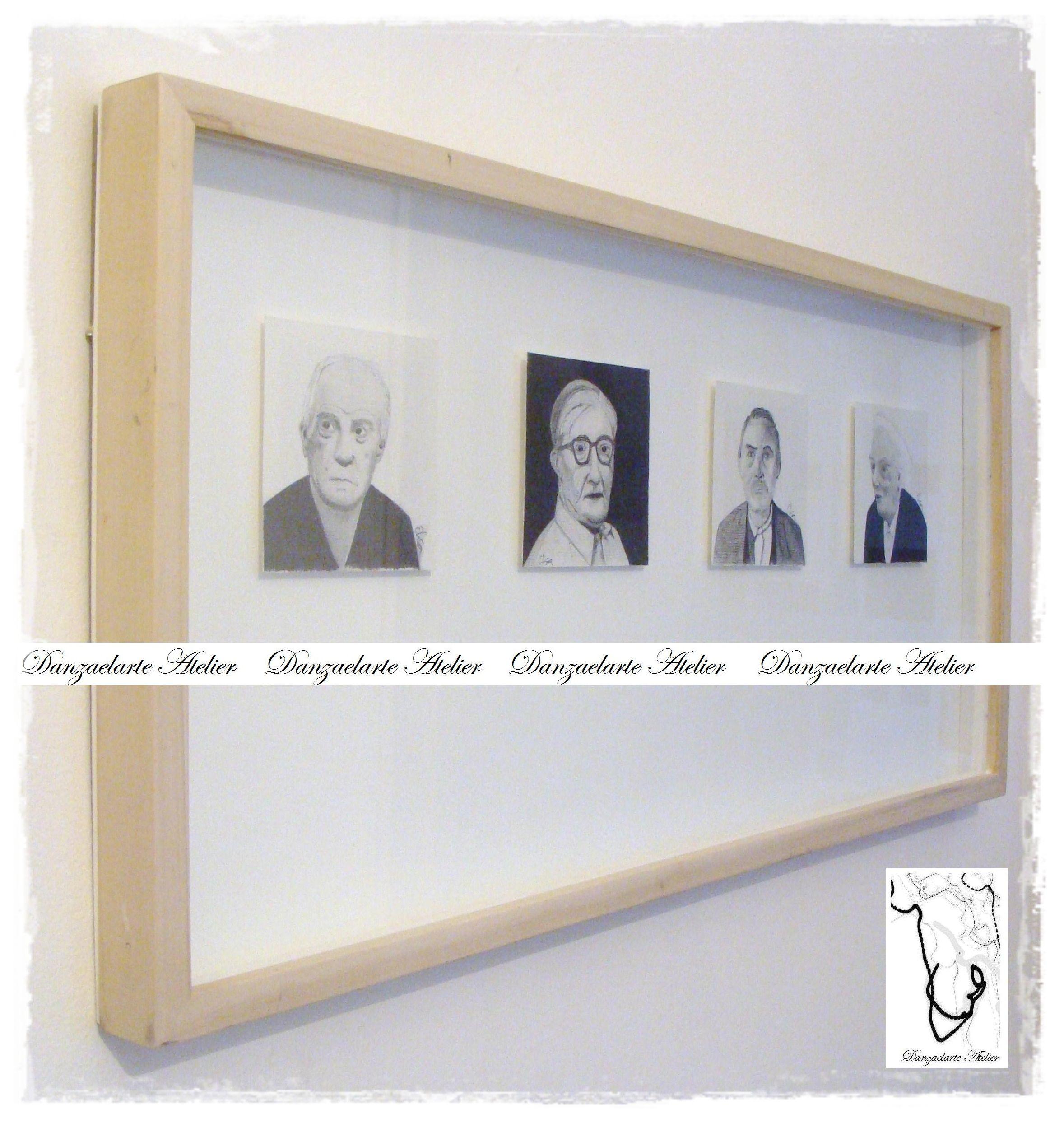 Serie de retratos de 10 x 10 cm realizados a lápiz, suspendidos ...