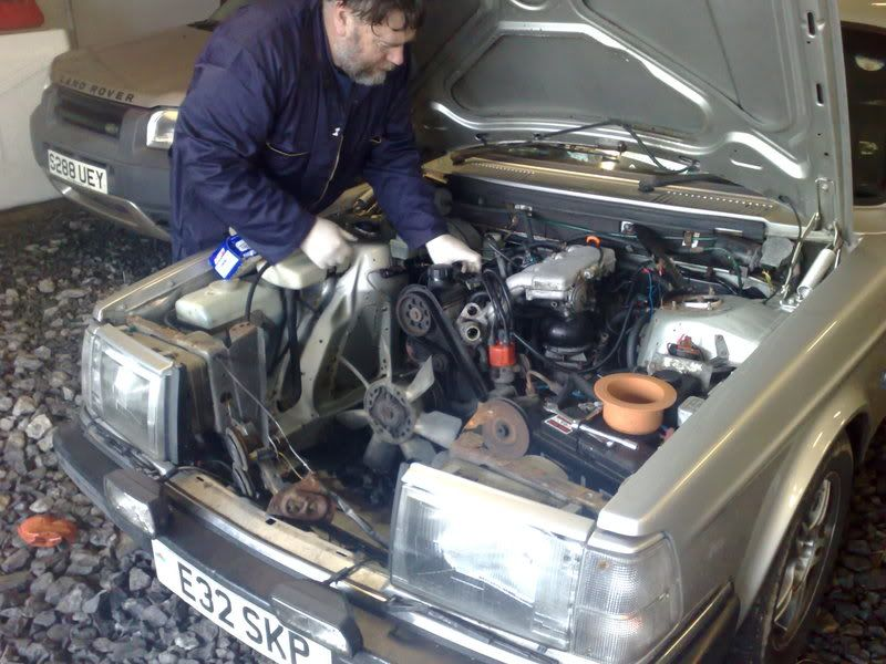 How to swap / replace the engine on Volvo 240 and 260