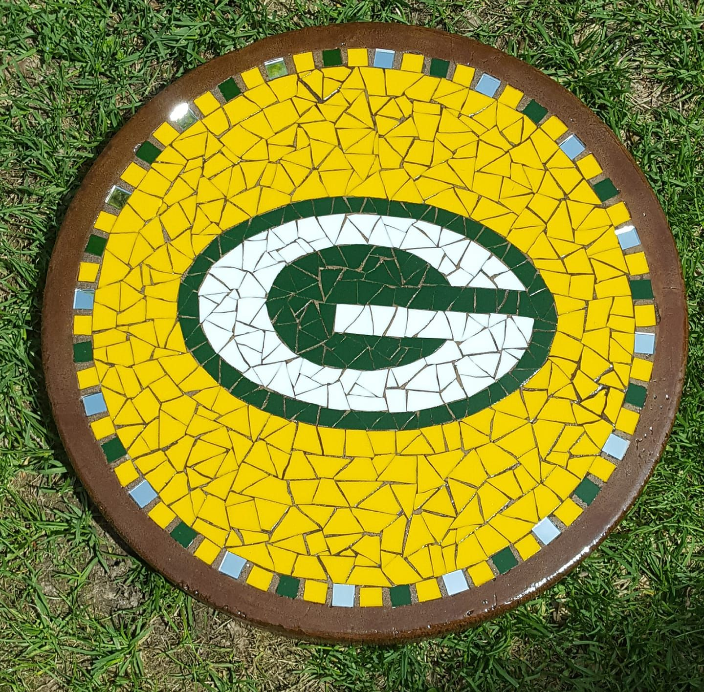16 Greenbay Packer Stepping Stone Mosaic Glass Mosaic Stepping Stones Stone